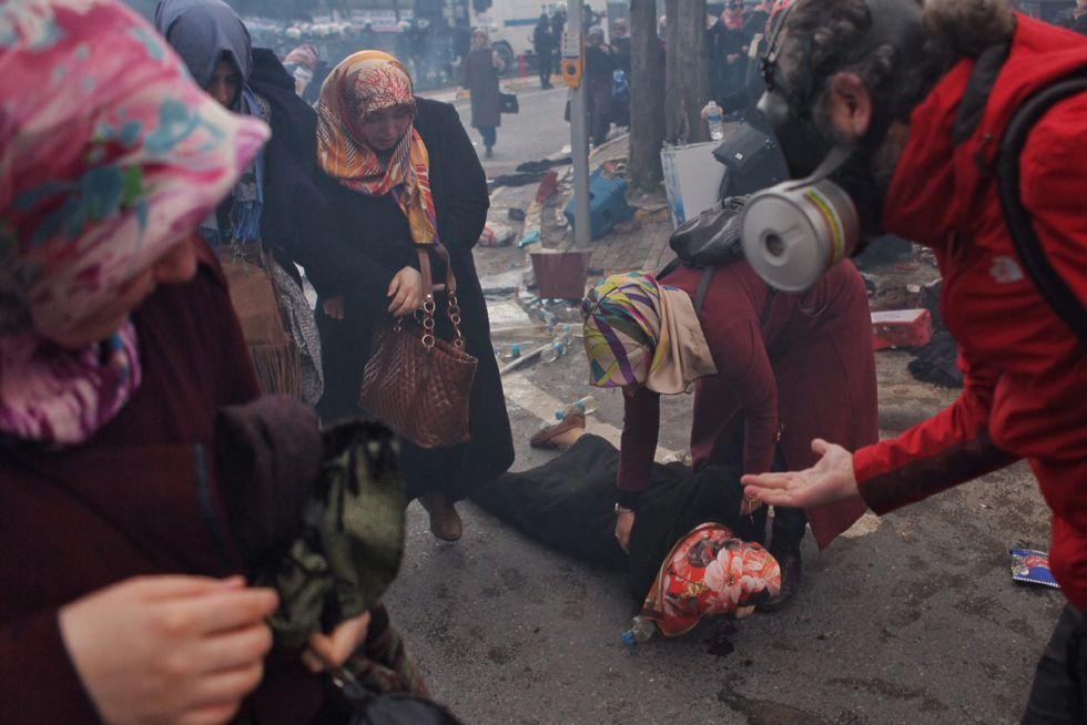 Manifestación en favor del diario turco Zaman, este sábado en Estambul.