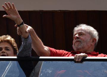 La crisis política deja a Dilma Rousseff contra las cuerdas