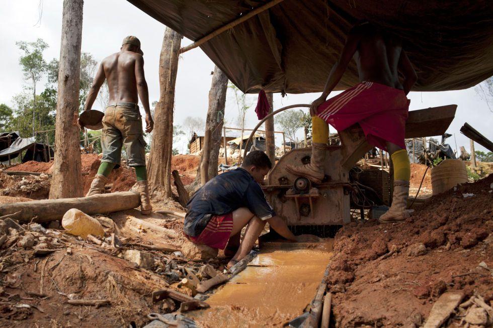 Un asentamiento de minería ilegal en Tumeremo, en 2010.
