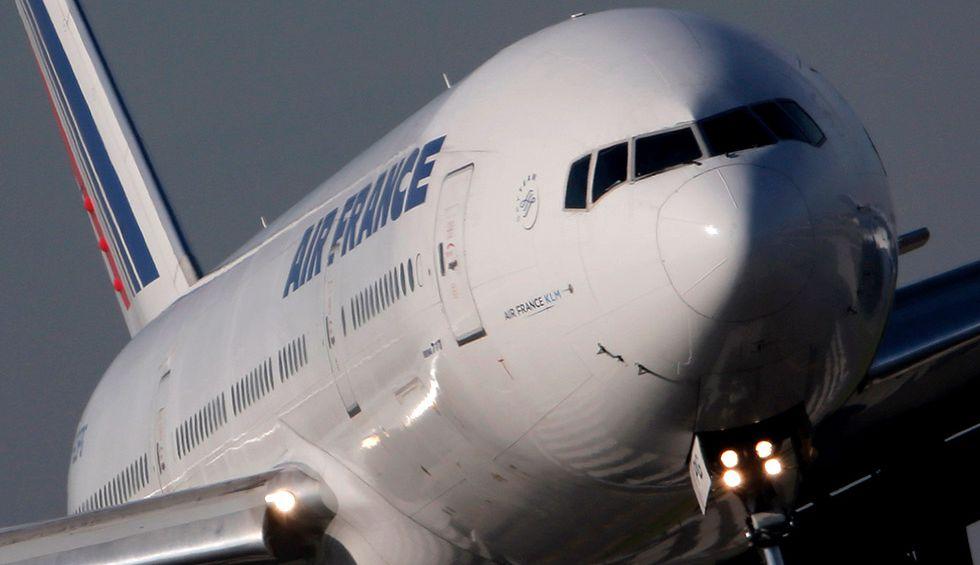 Un avión de Air France en el aeropuerto Charles de Gaulle de París.