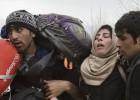 Cientos de migrantes irrumpen a la fuerza en Macedonia