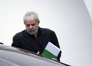 Lula se cae del caballo