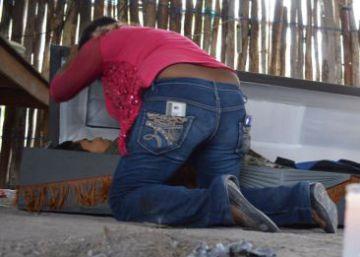 El Estado más violento de México sugiere regular el cultivo de amapola para frenar la sangría del narco