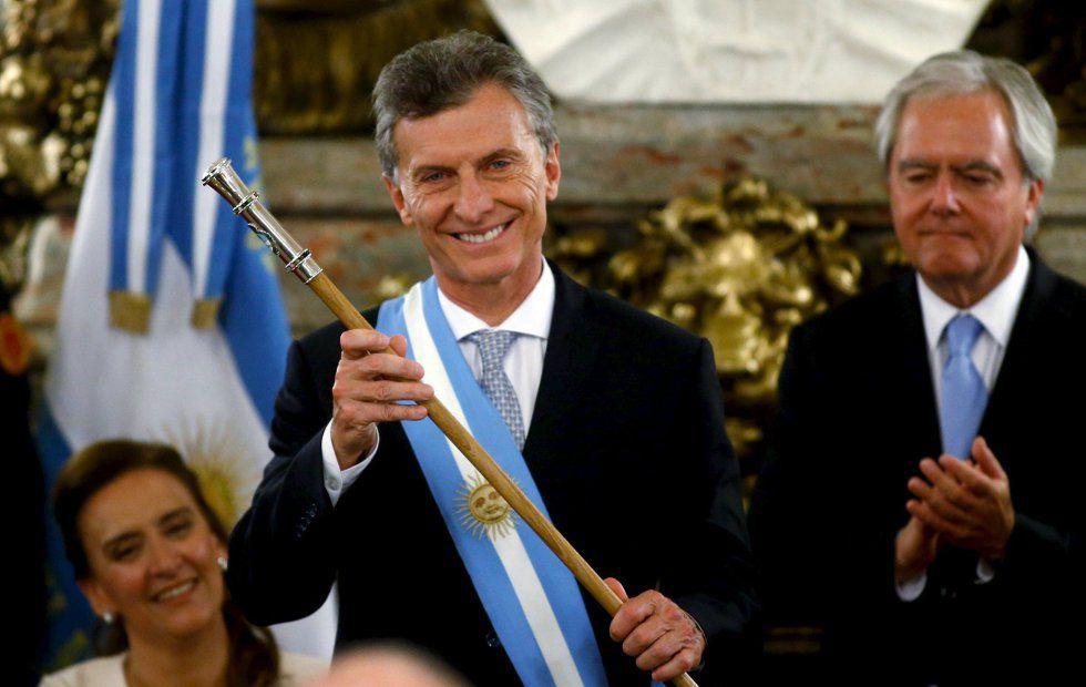 Mauricio Macri, a poco de recibir el bastón presidencial.