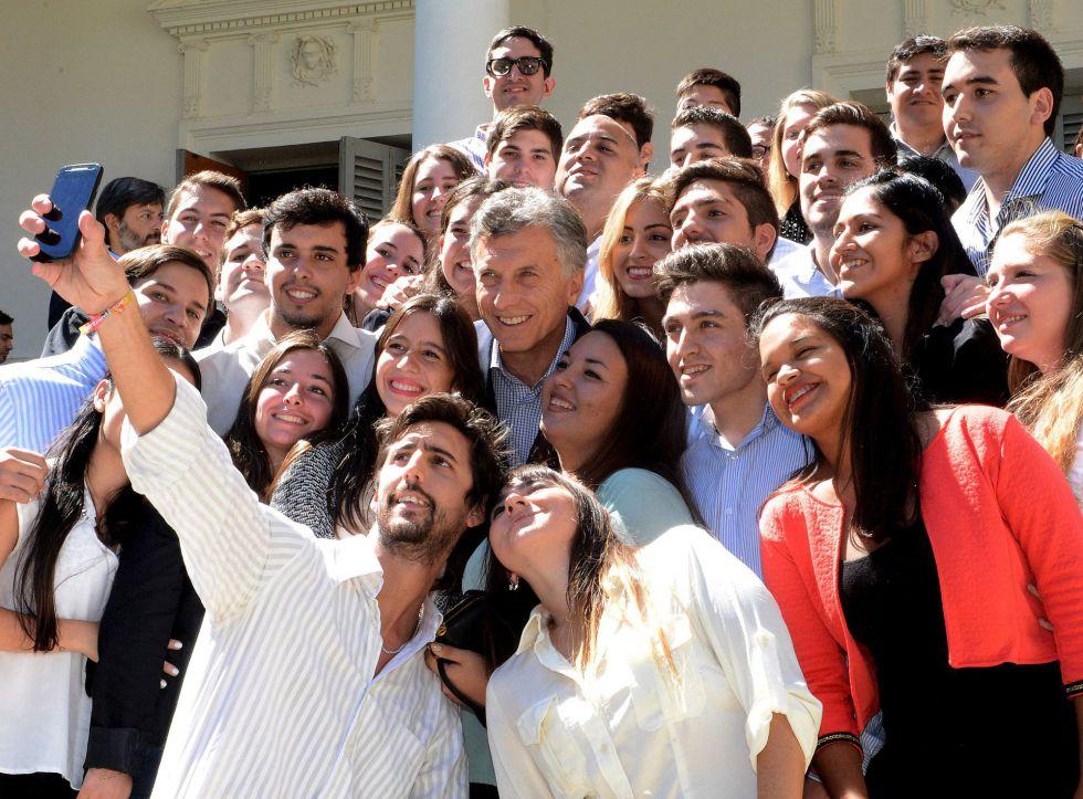 Macri se esmera por entregar una imagen positiva que no se refleja aun en los sondeos.