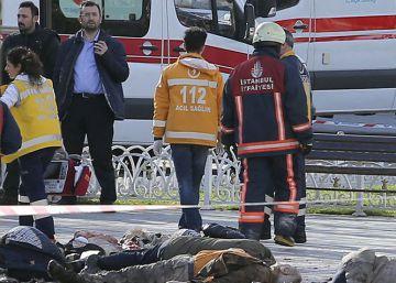 Turquía apunta al ISIS como responsable del atentado de Estambul