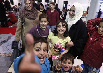 Latifa, 43 días de viaje con sus 5 hijos para huir de las bombas