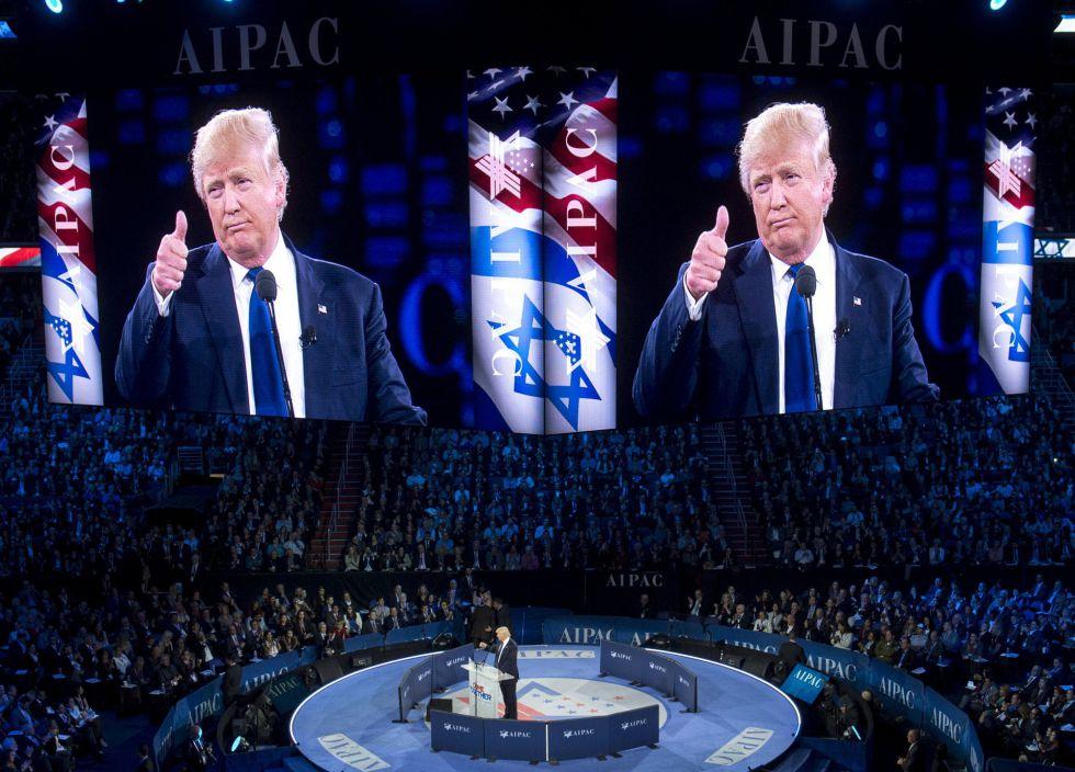Trump se dirige a la audiencia de la AIPAC.