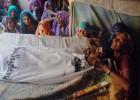 Al menos 45 fallecidos por beber alcohol adulterado en Pakistán