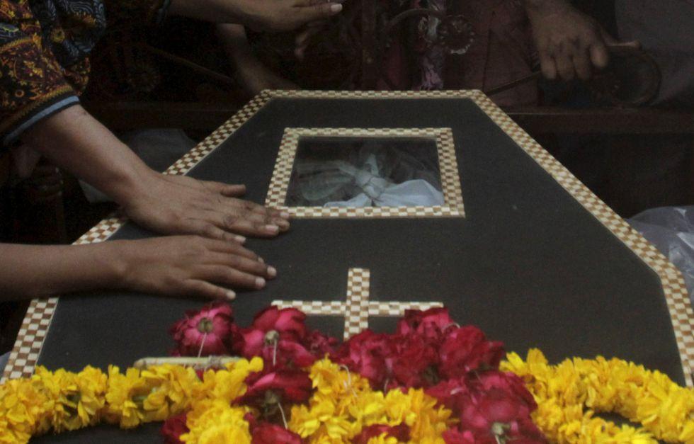 Funeral por uno de los asesinados el domingo en Lahore.