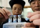 Un escándalo de vacunas caducadas expone los fallos de la sanidad china