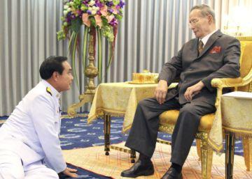 Tailandia acalla las críticas tras el golpe de Estado