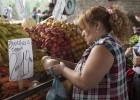 La canasta básica de alimentos en Argentina sube 13% desde enero