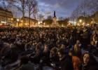 Los 'indignados' se concentran en la casa del primer ministro francés