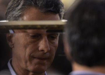 La imagen de Macri cae más de 10 puntos desde diciembre