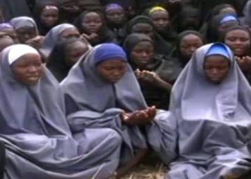 Un vídeo muestra varias supuestas niñas secuestradas de Chibok