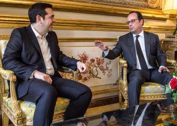Hollande pasa a la ofensiva para resucitar a la izquierda en Francia