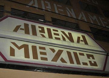 Tres heridos en un tiroteo fuera del templo de la lucha libre mexicana