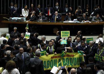 El Congreso brasileño aprueba el inicio de la destitución de Rousseff