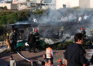 Una bomba en un autobús causa 21 heridos en Jerusalén