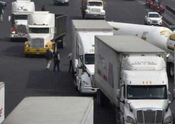Ciudad de México restringe el paso a los transportistas por la mañana