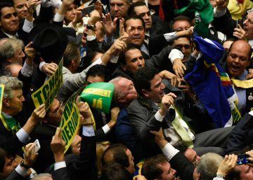 La derrota de Rousseff aboca a Brasil a un limbo político