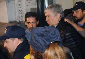 El empresario kirchnerista Lázaro Báez, detenido por la policía aeroportuaria a su arribo a Buenos Aires el 5 de abril pasado