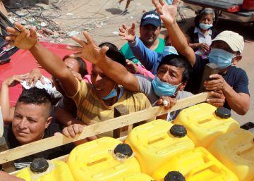 El terremoto pone en la mira la gestión económica de Correa