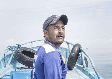 Los pescadores todavía temen un tsunami en Ecuador