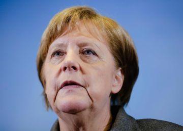 Merkel destituye al jefe de los servicios secretos alemanes