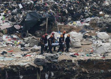 Un derrumbe deja cuatro recolectores de basura muertos en Guatemala