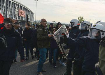 400 detenidos en las protestas por el congreso de los populistas xenófobos alemanes