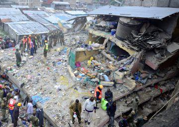 10 muertos en Nairobi al derrumbarse un edificio por las lluvias torrenciales