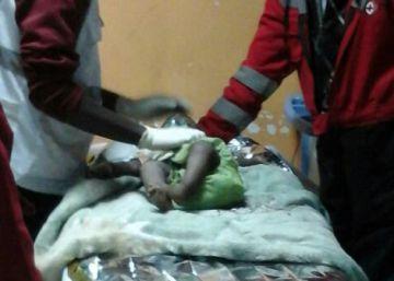 Rescatada una niña de un año que pasó tres días entre escombros