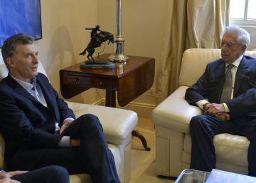 Macri se reúne con Vargas Llosa y lo entrevista en Facebook