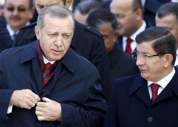 El presidente Erdogan fuerza la salida de su primer ministro