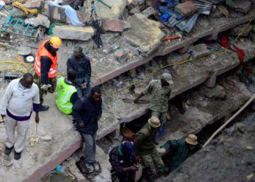Halladas vivas cuatro personas tras seis días bajo escombros en Nairobi