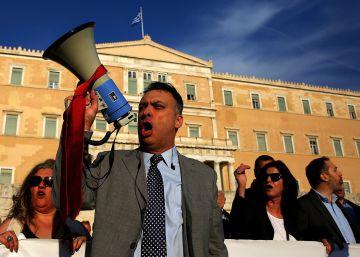El Parlamento griego aprueba la reforma de las pensiones