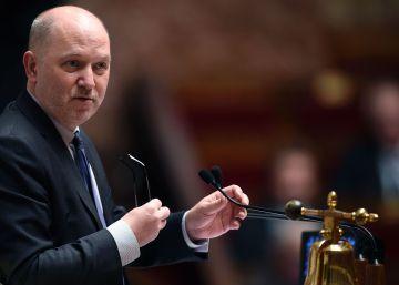 Dimite un vicepresidente de la Asamblea francesa por acoso sexual