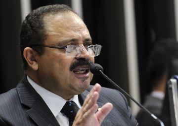 El nuevo presidente del Parlamento de Brasil juega a dos barajas y está acusado de corrupción