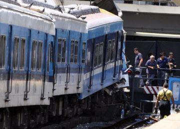 Procesado por un choque de trenes un exministro clave de los Kirchner