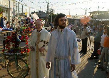 Curas de las villas miseria cercanos al Papa se movilizan contra el ajuste argentino