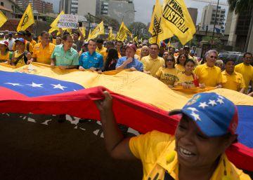 Maduro refuerza su poder con un estado de excepción indefinido