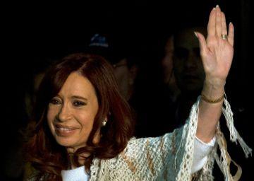El kirchnerismo va contra el juez que procesa a Cristina Fernández