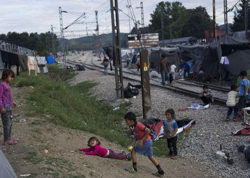 Los traficantes de personas en Europa movieron 5.000 millones en 2015