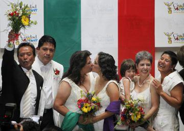 Peña Nieto propone legalizar el matrimonio gay en todo México