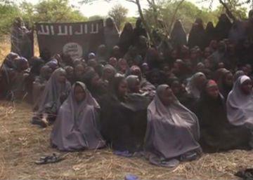 Hallada viva una de las más de 200 niñas secuestradas por Boko Haram