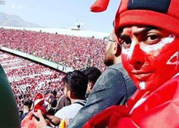Gran apoyo y amenazas a la mujer que se coló en el fútbol en Irán