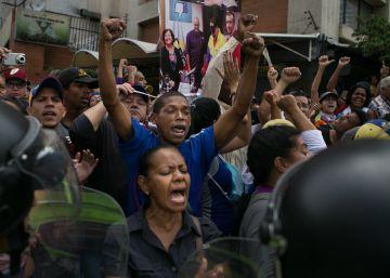 La represión del chavismo bloquea la movilización callejera de la oposición