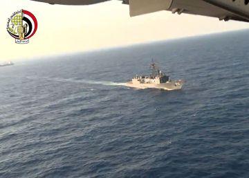 Egipto localiza miembros humanos y restos del avión desaparecido